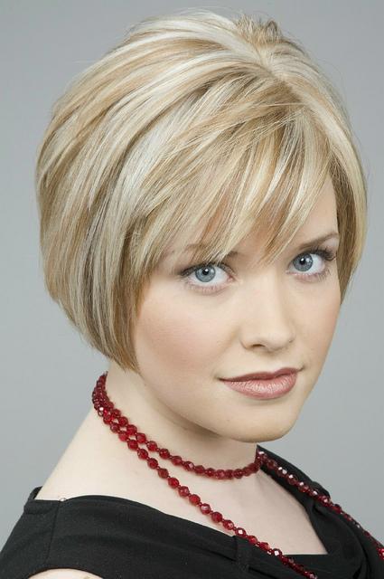 Причёски для коротких волос фото редких волос